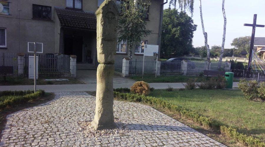 Kamień, który zintegrował wieś